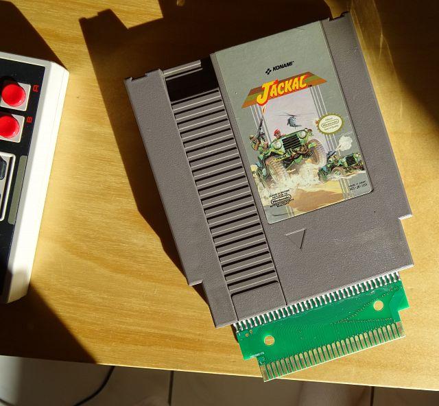 Incompatibilité Famicom AV ?? DSC05118